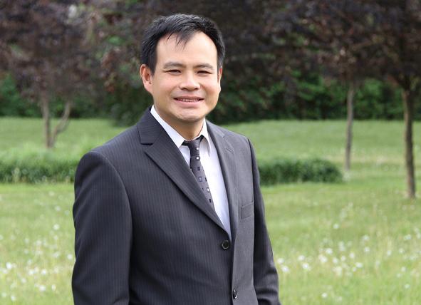 Dr. Grant Lu